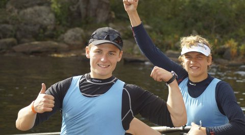 FORNØYDE: Simen Schi Skjølsvold og Lars Benske med humøret på topp.