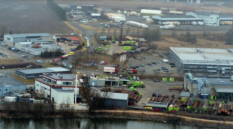 Propanulykke: Området ved Kynningsrud fundamentering på Rolvsøy ble evakuert etter lekkasje av propangass onsdag.  Slik gass kan antennes av åpen ild, og det er dermed eksplosjonsfare.