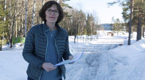 NEI TIL HYTTER: Kommunestyrerepresentant Inger Noer vil verne Bæreia mot hyttebygging. – Dette er et viktig nærturområde, og må være tilgjengelig for alle, sier hun.