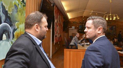 Odda kommunestyre: Ordfører Roald Aga Haug (Ap) og Erlend Nævdal Bolstad (H) hadde svært ulike syn både på spørsmålet om privatisering og bygging av ny sjukeheim på Eide. Foto: Ernst Olsen