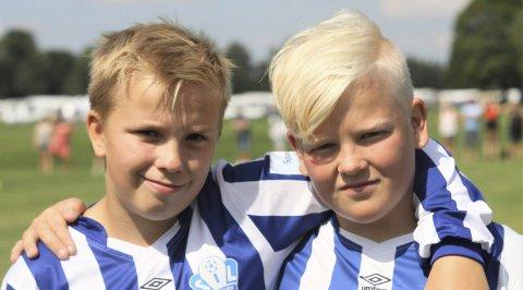 Humøret oppe: Noah Hardy og Heike Selnes holder på humøret.foto: Svein Halvor Moe
