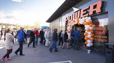 FRA HAMAR: Slik så det ut på Hamar da Power åpnet sin nye butikk der i mai i år.  Foto: Jo E. Brenden