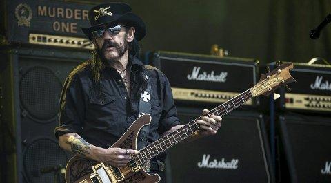 Lemmy: Rett før nyttår døde Ian «Lemmy» Kilmister, frontfiguren i Motörhead. Fredag kveld hedres han med en felles konsert på Live i Larvik.