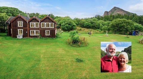 Eiendommen Solheimsvollen er livsverket til ekteparet Bodil og Reidar Hansen. Nå er de kommet opp i en slik alder at de ikke lengre makter å ta vare på den. Derfor legges eiendommen på Rødøya ut for salg. Selv skal de flytte nærmere barn og barnebarn i Fredrikstad.