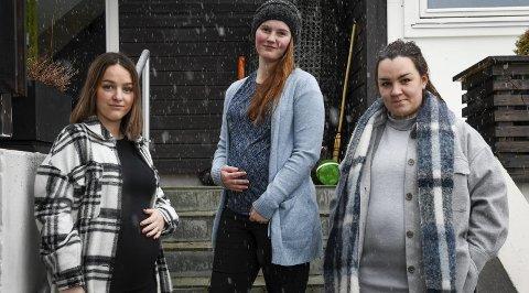 Gruer seg: Malin Ronesen (26), Sandra Steffensen (23) og Emmelin Kristine Haldorsen (30) er sterkt kritiske til at fødeavdelingene i Helgelandssykehuset veksler på å holde feriestengt i sommer. De er tre av flere som må belage seg på lang reisevei for å føde.
