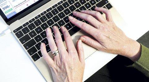Dagens 50-åringer var på nett før dagens unge hadde lært å skrive.