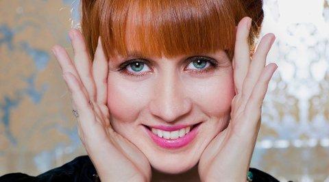 ALIAS BART: Sopran Jorunn Torsheim er hovedartisten på Nyttårskonserten i Slemmestad kirke 11. januar. Hun er også Bart Simpsons norske stemme.