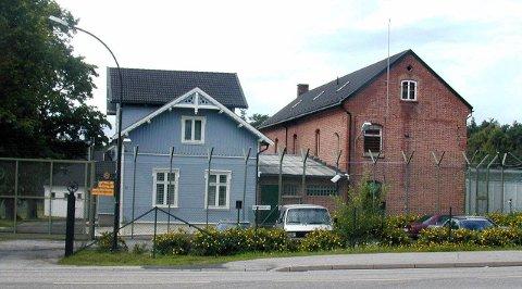 Bygg ut i norge: Soningsplasser må bygges ut i Norge, ikke leies i Nederland.