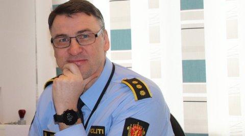 FÅR NY TITTEL: Eksempel på en lensmann: Arild Kleven, som leder Søre Ryfylke lensmannskontor. Nå skal stillingstittelen hans bli kjønnsnøytral. Ny tittel blir trolig politiavdelingsleder.