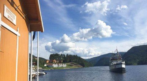 KVITESEID BRYGGE: Kviteseid kommune har sagt opp avtalen om å drive Kviteseid brygge.