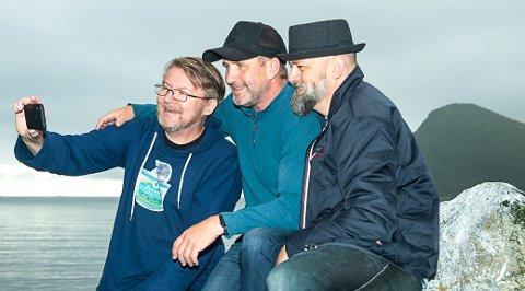 Nordnorsk Svisketrio består av (f.v) Per-Steinar Markussen, Svein-Johnny Andreassen og Per-Arne Høyer Steffensen. Bandet gleder seg til å skape nordnorsk pubstemning i bluesbyen.
