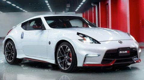 Sportsbilen Nissan 370S Nismo, med 350 hk, får en prisreduksjon på 56.500 kroner i 2017.