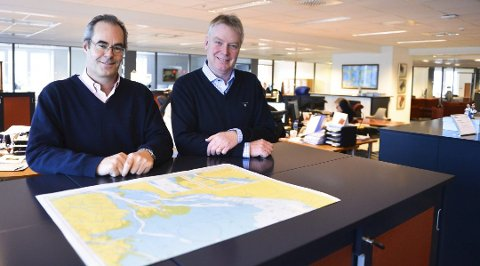 FORNØYDE: Tidligere daglig leder Lars Traaseth og COO Einar Didriksen i Saga Welco AS i Tønsberg. De har nylig landet en stor kontrakt som skal sikre selskapet inntekter i lang tid framover.