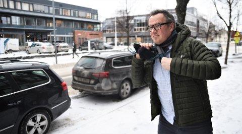 TØFT ARBEIDSMARKED: Den daglige lederen i Næringsforeningen i Værnesregionen, Jon Uthus, er bekymret over at mange av bedriftene forteller at nyansettelser og inntak av lærlinger er satt på vent.