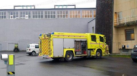 Brannvesenet bisto med utlufting etter at det skal ha kommet smell og gnister fra transformatoren i Vestby.