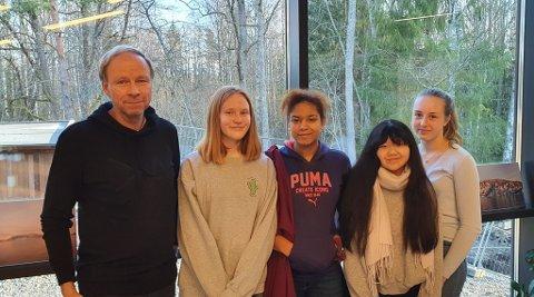 Fikk velge ganske fritt hva de ville ha som tema i prosjektet: - Vi gjør det fordi vi ønsker å møte elevene der de er, sier rektor, Henning Johannessen.