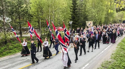 Tog: Gjerstad-feiringen lover godt for i år. Her er toget fra fjorårets 17. mai.