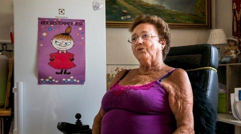 FORBANNET: Mary-Ann Johannessen tordner mot NAV, som hun mener ikke sender ut lønnsslipper som de skal.