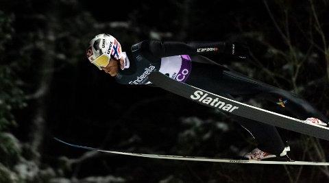 Robert Johansson og resten av det norske laget mistet pallplassen i siste hopp, men fikk likevel en god generalprøve i den siste laghopp-konkurransen før VM fredag.