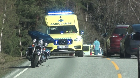 MC-ULYKKE: Redningsmannskapene kom raskt til stedet etter ulykken.