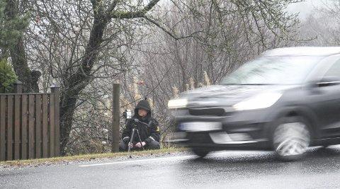 Overvåker: I Østfold har UP foretatt 216 førerkortbeslag på grunn av for høy fart og 87 førerkortbeslag for ruspåvirkning hittil i år.Foto: Jan Erik Sørlie