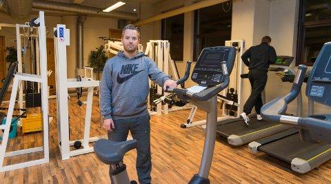 FIN START: Lars Erik-Dybvik forteller om en fin start i Hamar for Brumunddal Atletklubb.