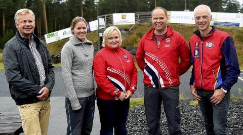 ARRANGER: Øyvind Berget (t.v.), Marie Hov, Ingunn Tveiten, Sverre Tjøntveit og Reidar Aasbø håper mange kommer på arrangementet.