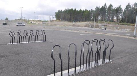 Her går det an å parkere bilen, for så å ta kollektivtransport eller sykkel inn til byen - eller motsatt.