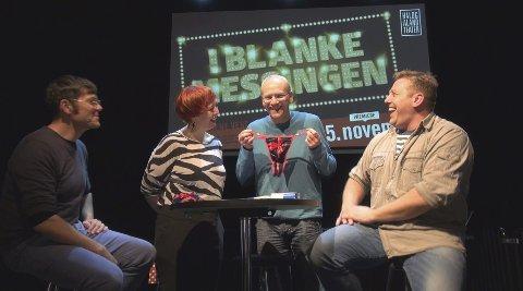 HOVEDROLLER: Jardar Johansen (t.v.) og Finn Arve Sørbøe har to av hovedrollene når HT setter opp «I blanke messingen». Regi: Ivar Tindberg (t.v.). Foto: Ivan Ortegon