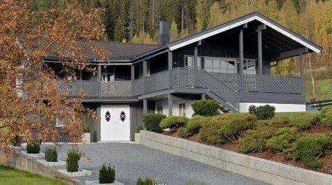 SOLGT: Denne boligen i Stormoen på Dokka ble solgt for fire millioner i august.