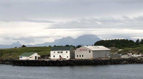 Lurøy kommune krever at Nord-Solvær får signalanløp mandager, og at det også kan sendes gods og post.