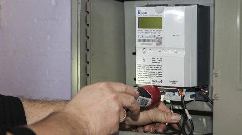 Det installeres rundt 4000 nye strømmålere hver dag i Norge, og alle husstander skal ha ny strømmåler innen utgangen av året. Foto: Paul Kleiven (NTB scanpix)