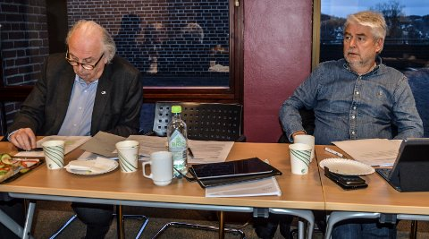 SPLITTELSE: Kontrollutvalget delte seg i et mindretall og et flertall. Svein Flåtten fra Høyre (t.v.) advarte mot granskning. Frps Per Skorge derimot støttet utvalgsleder Arne Larsen (SV) i at påstander fra Schei må undersøkes.