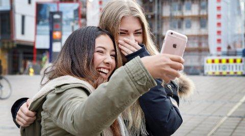Veldig mange legger igjen mobiltelefonen når de reiser hjem fra ferie.