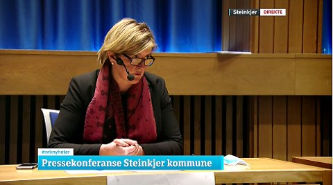 PRESEKONFERANSE: Ordfører Anne Berit Lein (Sp) under pressekonferansen i Steinkjer torsdag ettermiddag.