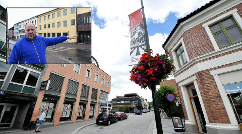 SLÅR ALARM: Notodden SVs Borgar Løberg (innfelt) slår alarm om Notodden sentrum.