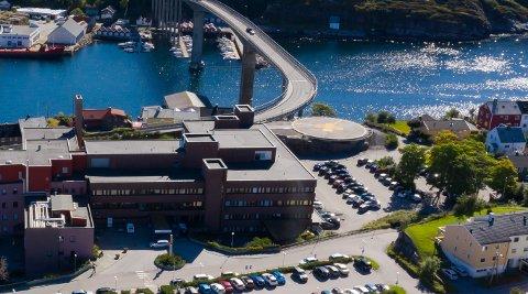Helikopterlandingsplassen ved Kristiansund sjukehus er ikke tilpasset Norges nye redningshelikoptre.