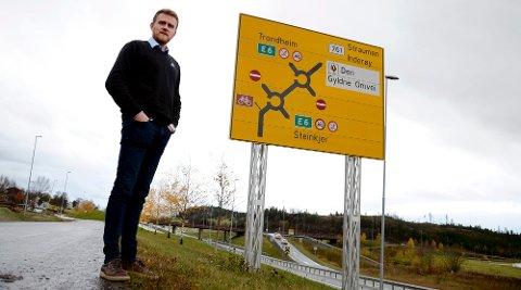 KRITISK: Nye veier jobber med planene om nye trasé fra Vist til Åsen, og Selli til Asp nord for Steinkjer. Ett tiltak som foreslås for å redusere kostnaden er å redusere vegbredden til 17,5 meter. Dette mener regionleder Frode Skjervø i Trygg trafikk går på bekostning av Nullvisjonen.