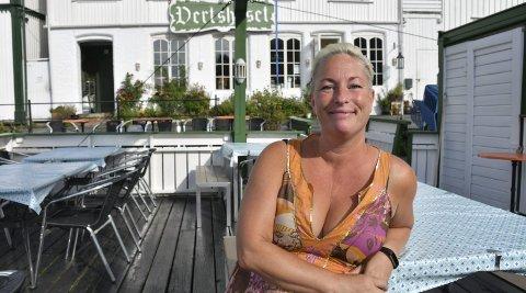Mia Åbonde er knallfornøyd, både med fjorårsresultatet og årets sommer. Foto: Marianne Drivdal