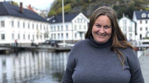 Begynner nå: Elisabeth Meidel slutter i sin gamle jobb i Gard og begynner i sin nye jobb i Morrow Batteries denne uka. - Jeg visste ingenting om sjøforsikringer da jeg begynte i Gard, og jeg vet ingenting om batteriproduksjon nå. Men det kommer etter hvert, sier hun. Foto: Siri Fossing