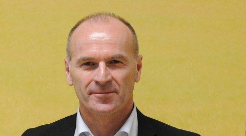 DELTID:Rådmann Finn Chrisitan Brevig jobber for tida deltid delvis på rådhuset og delvis fra hjemmekontor i Norge.