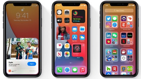 iOS 14 blir tilgengelig onsdag for deg som har iPhone. På bildene over ser du de nye App Clips, Widgets på hjem-skjermen og det nye App-biblioteket.
