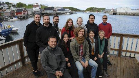 Gode ideer: Ti arkitekter har klekt ut gode ideer, under ledelse av arkitektprofessor Sami Rintala (foran t.v.).Foto: Hanna-Lisa Skau