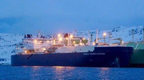 GIGANTISK: M/S Rudolf Samoylovich er 299 meter lang og 50 meter bred.