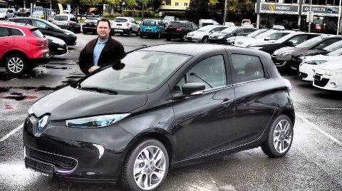 Til Fredrikstad i januar: Renault Zoe og Gunnar Hattrem er først ut med neste generasjon elbiler. Neste år lanseres modeller på løpende bånd.