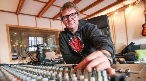 Premiert fagmann: Kyrre Fritzner ante ikke at lat hans arbeid i studio skulle bli belønnet denne uka. Han fikk Rolf Gammleng-prisen for mangeårig virke.