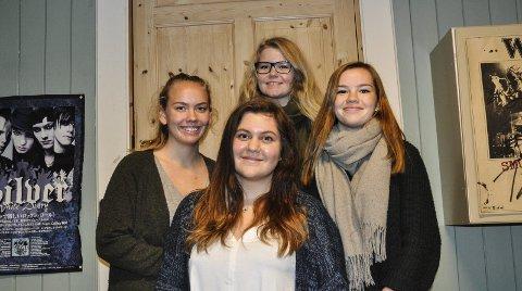 IVRIGE: Nancy Helen Ødegaard (16), Thea Wøyen Hamfjord (16), Frida Robertsen Mostad (16) og Ronja Hope Johnsen (16) er styret i Horten Unge Venstre.