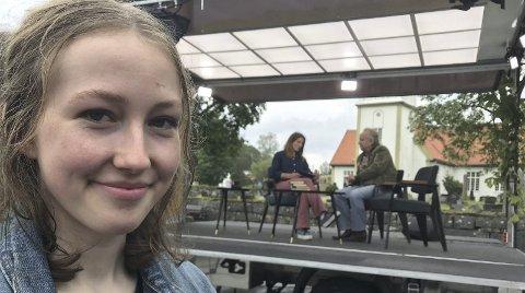 TV: Leah og Levi Henriksen briljerte som forfatterfar og -datter da NRK filmet første episode av NRK2s  «Bokekspedisjonen». Du ser dem på TV den 15. august.