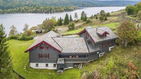 TIL SALGS: Denne hytta på Mylla kan bli din, men det koster. Prisantydningen er på 9,5 millioner kroner. Alle hyttefoto: DNB Eiendom