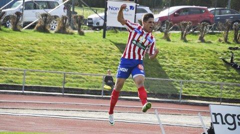 Hoppende glad: Drilon Turkaj kunne slippe jubelen løs etter sin flotte 2–0 scoring mot Ørn.